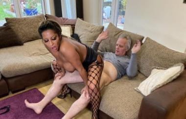 Talulah Thomas – Cock On Demand (PascalsSubSluts)